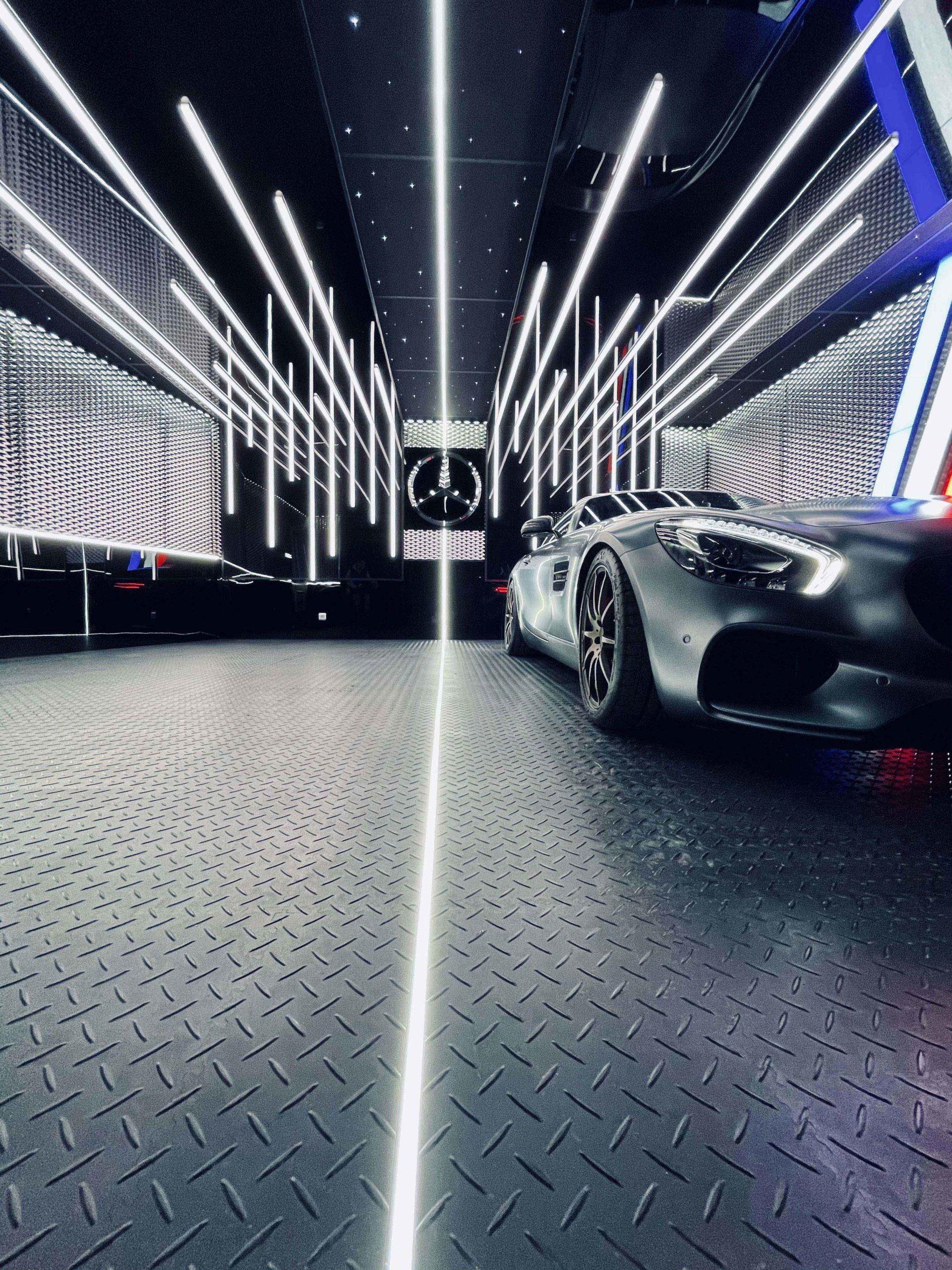 garages de luxe panneaux Rehau solutions agencement